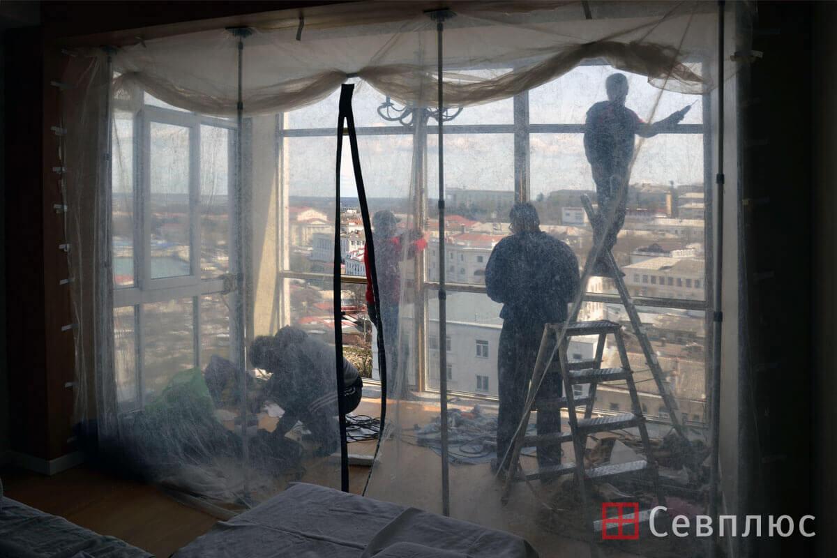 Пластиковые окна в Севастополе. Севплюс. Остекление квартиры в Артбухте. Для защиты квартиры мы используем специальный пылебарьер
