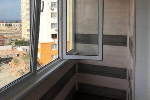 Остекление и отделка балкона в Севастополе