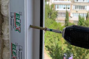 Монтаж окон ПВХ на турбовинт в Севастополе